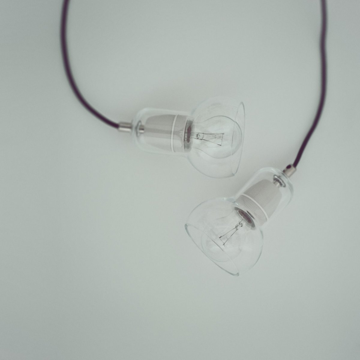 Bulb SR1 pendant lamp.
