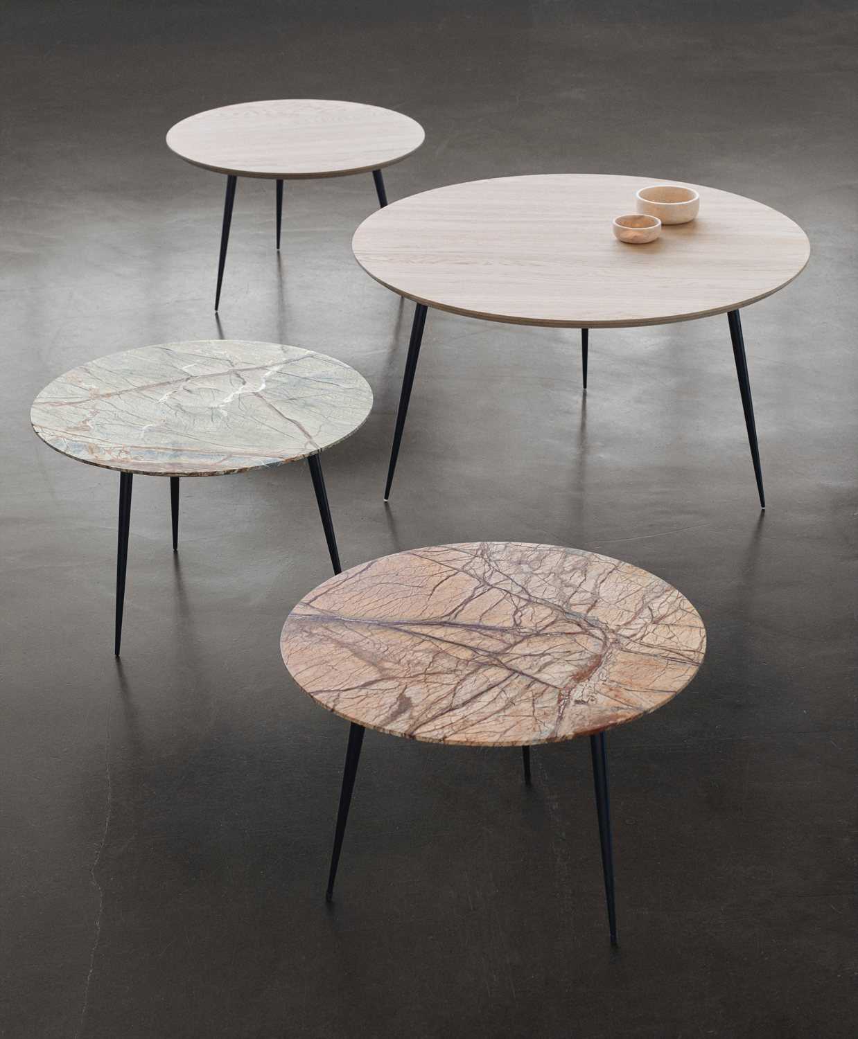 Disc table by mater up interiors for Table basse marbre