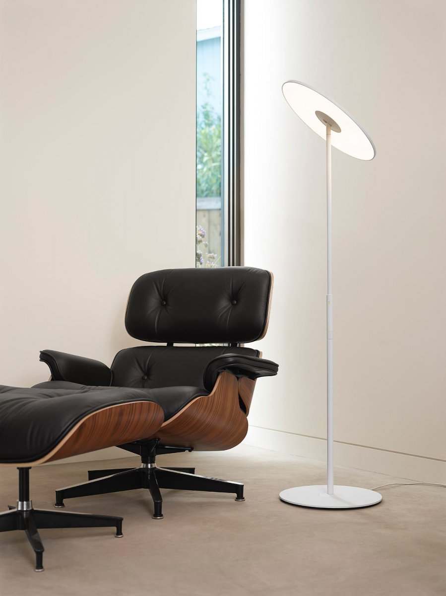 Circa Floor lamp, white.