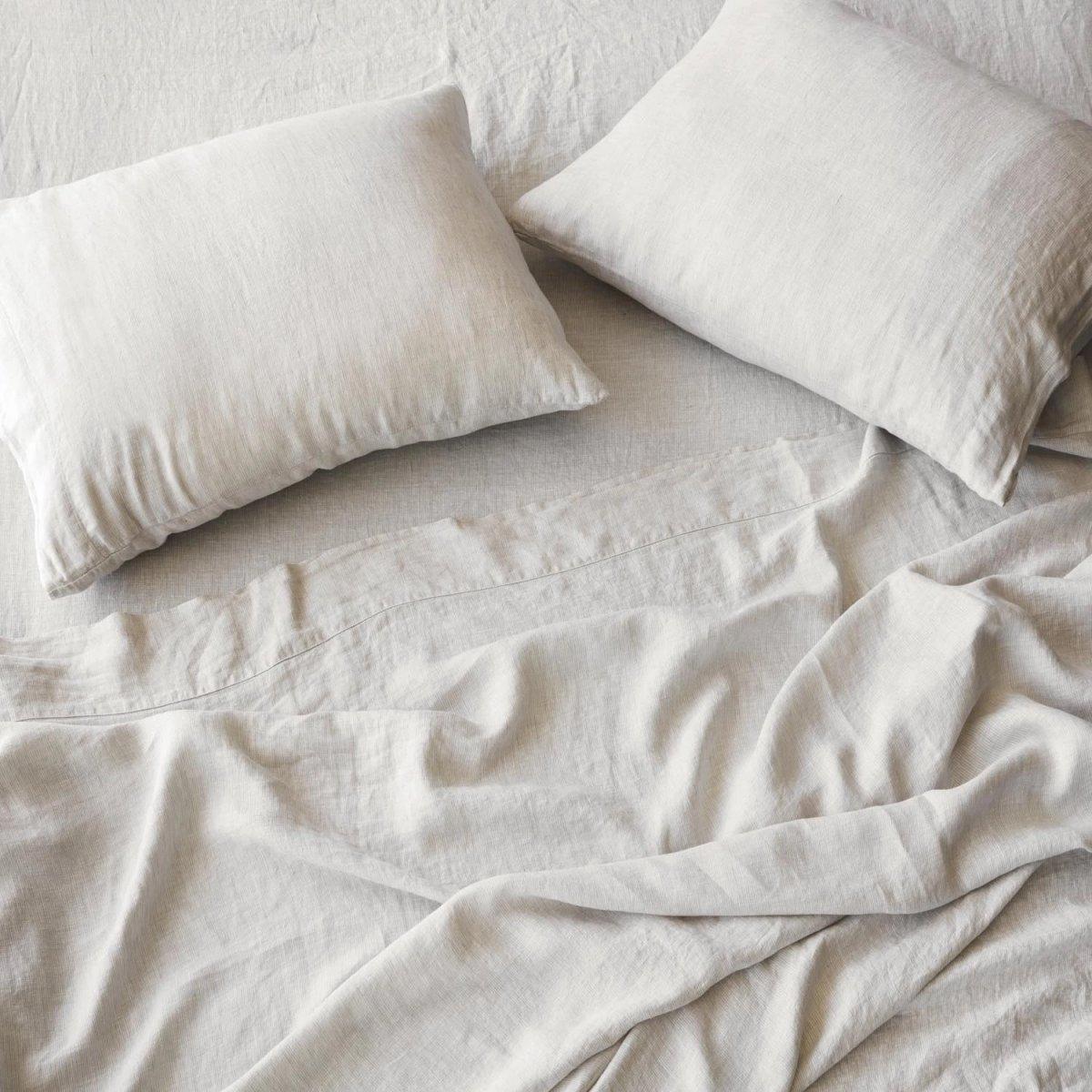 Stonewashed Linen Bed Bundle, sand stripe.