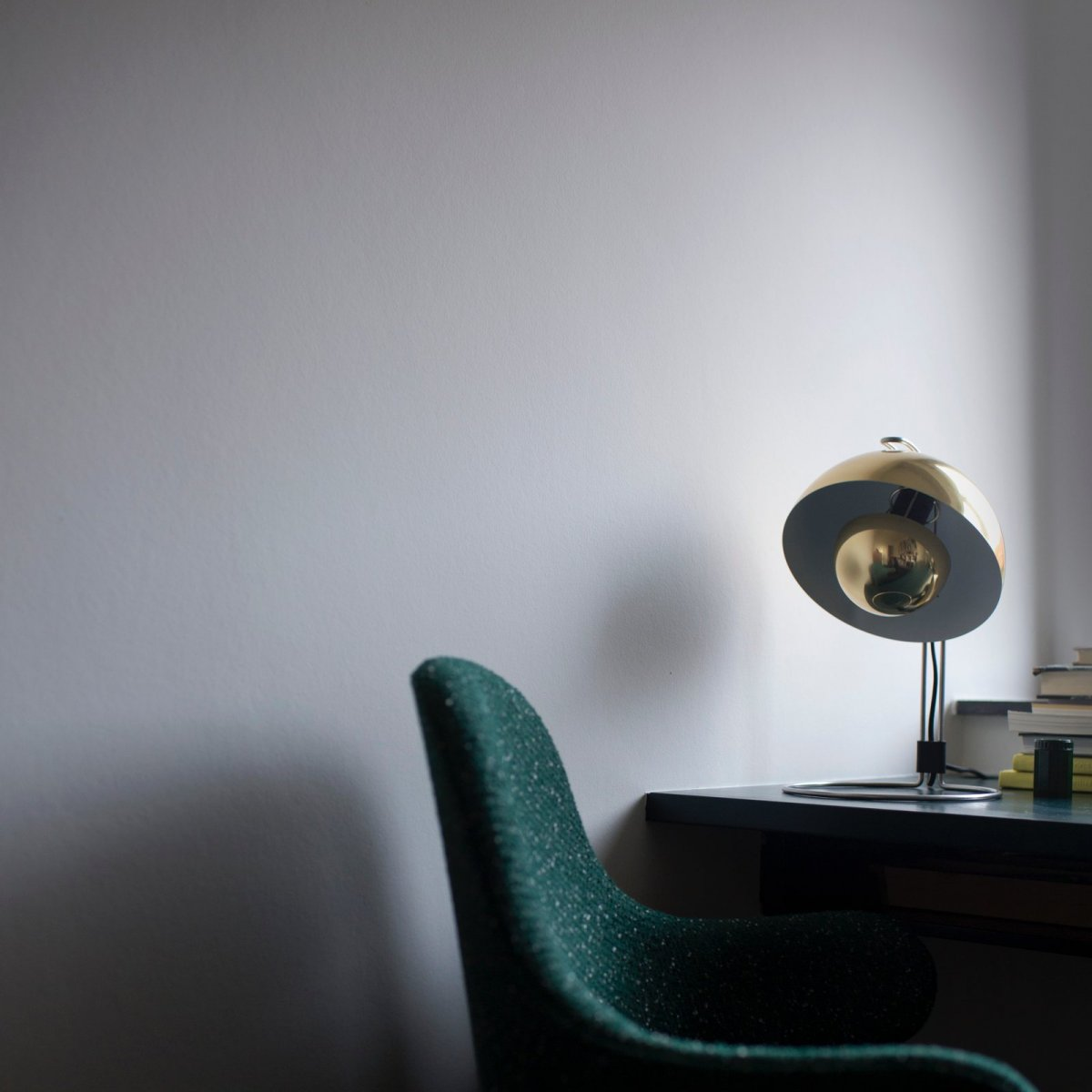 FlowerPot Table Lamp VP4, lacquered brass.