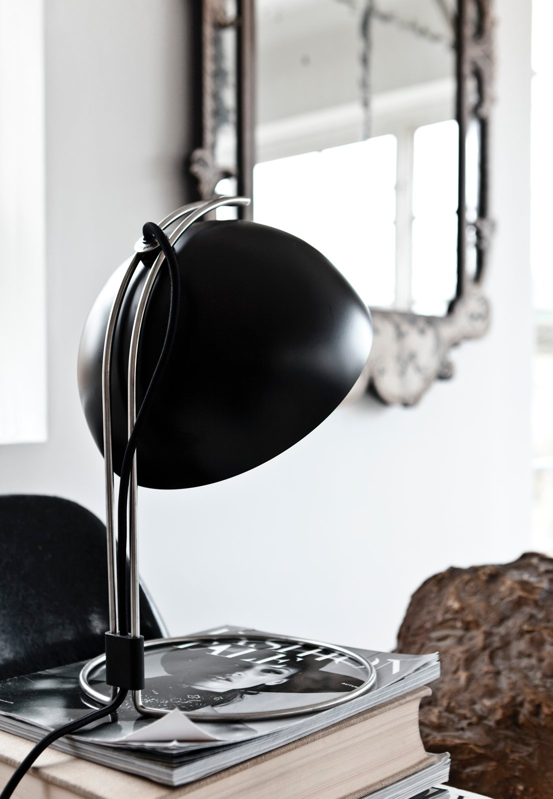 Flowerpot Table Lamp Vp4 By Verner Panton For Amp Tradition