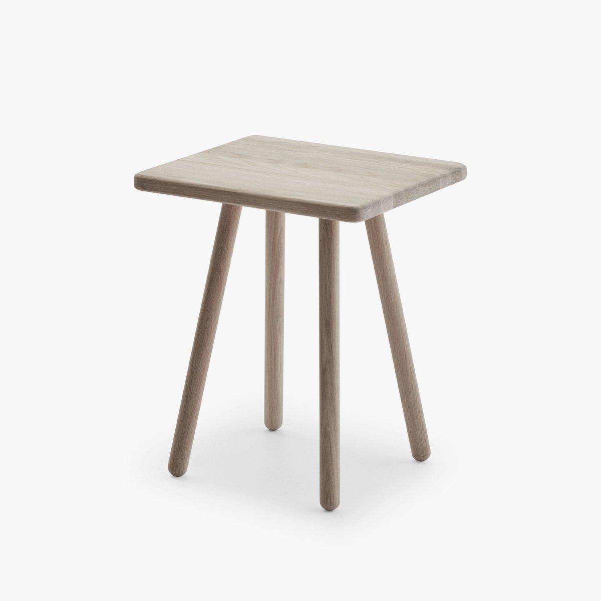 Georg Side Table, oak.