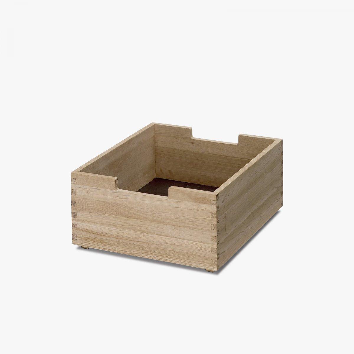 Cutter Box, Low, oak.