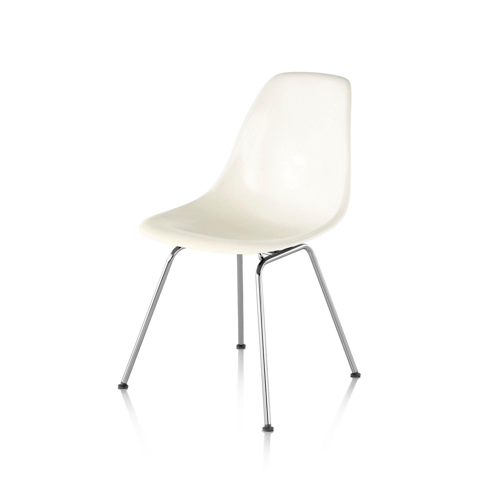Eames Molded Plastic Side Chair 4 Leg Base, White.