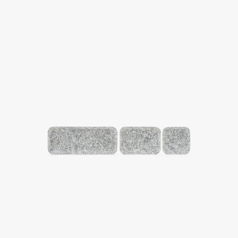 Plat Plate stone catchalls.