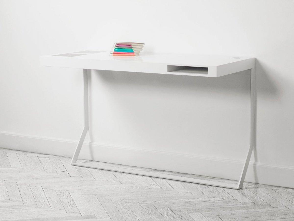 Milk Mini desk, low.