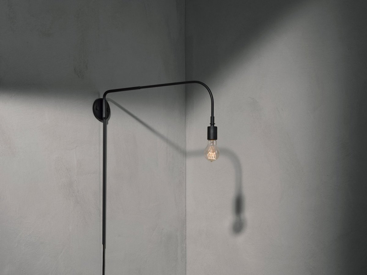 Warren Lamp, black.