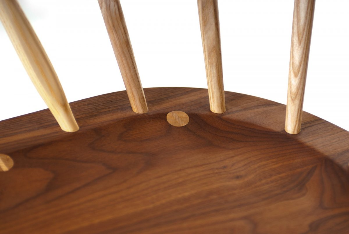 359 Kimble Windsor Chair, detail.