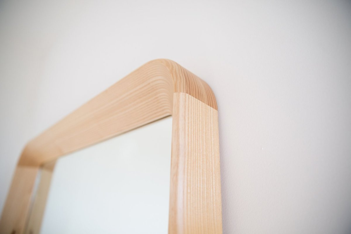 Simple Mirror, detail.
