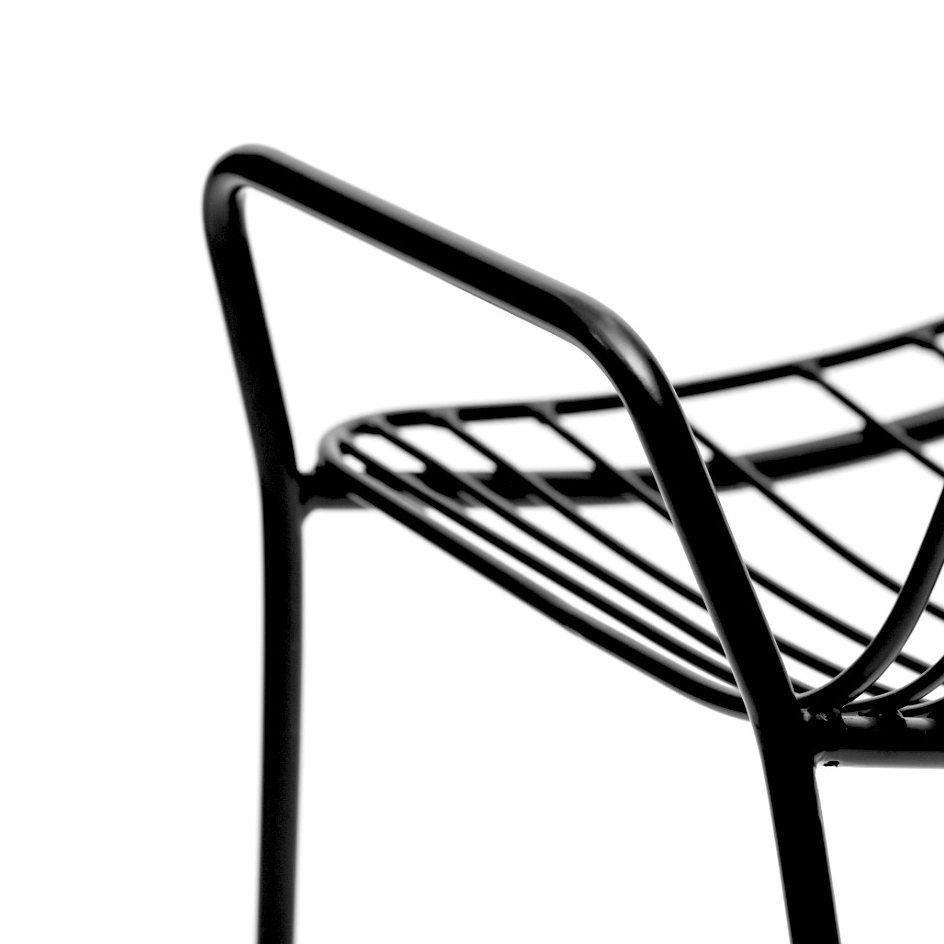 Resonate Armchair, black, detail.