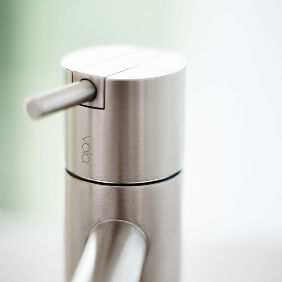 Vola HV1 one-handle mixer with ceramic disc technology, detail.