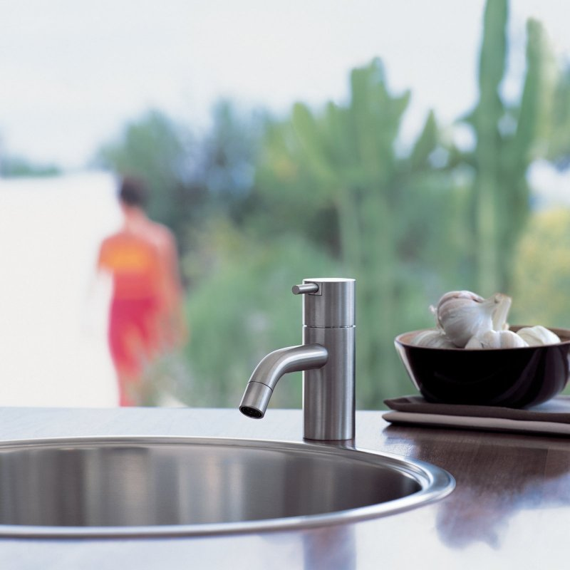 Vola HV1 one-handle mixer with ceramic disc technology.