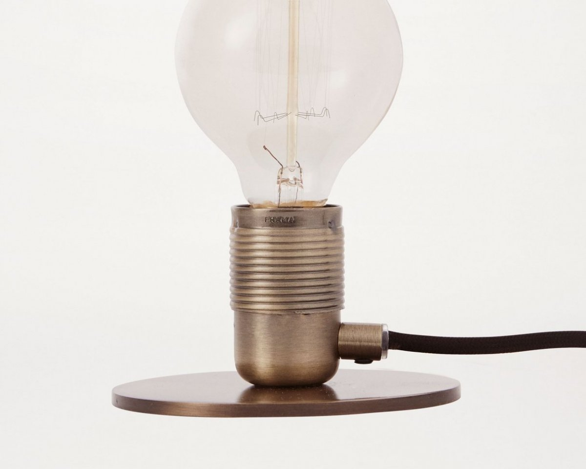 Frama E27 Table Light, bronze.