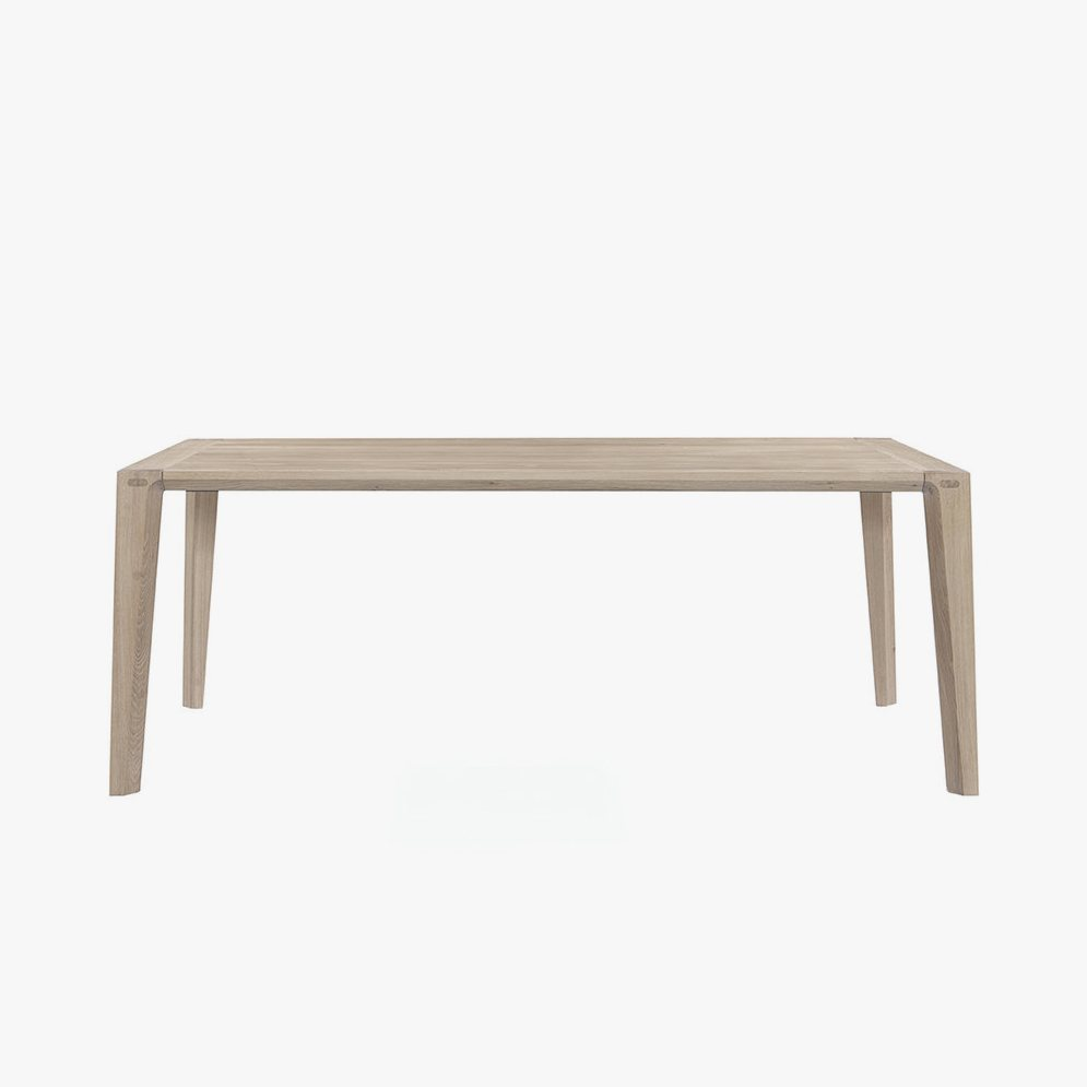 Raia Dining Table, oak.