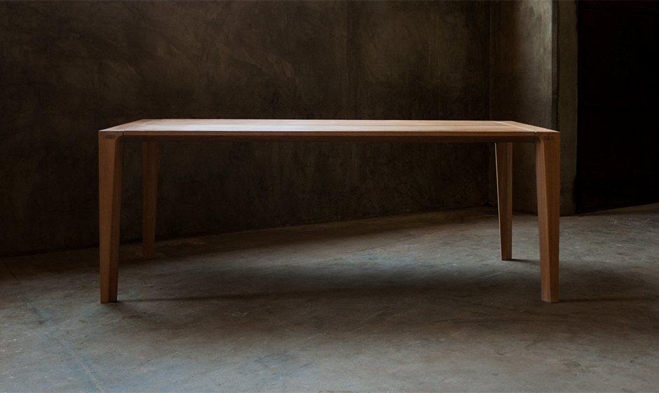 Raia Dining Table.