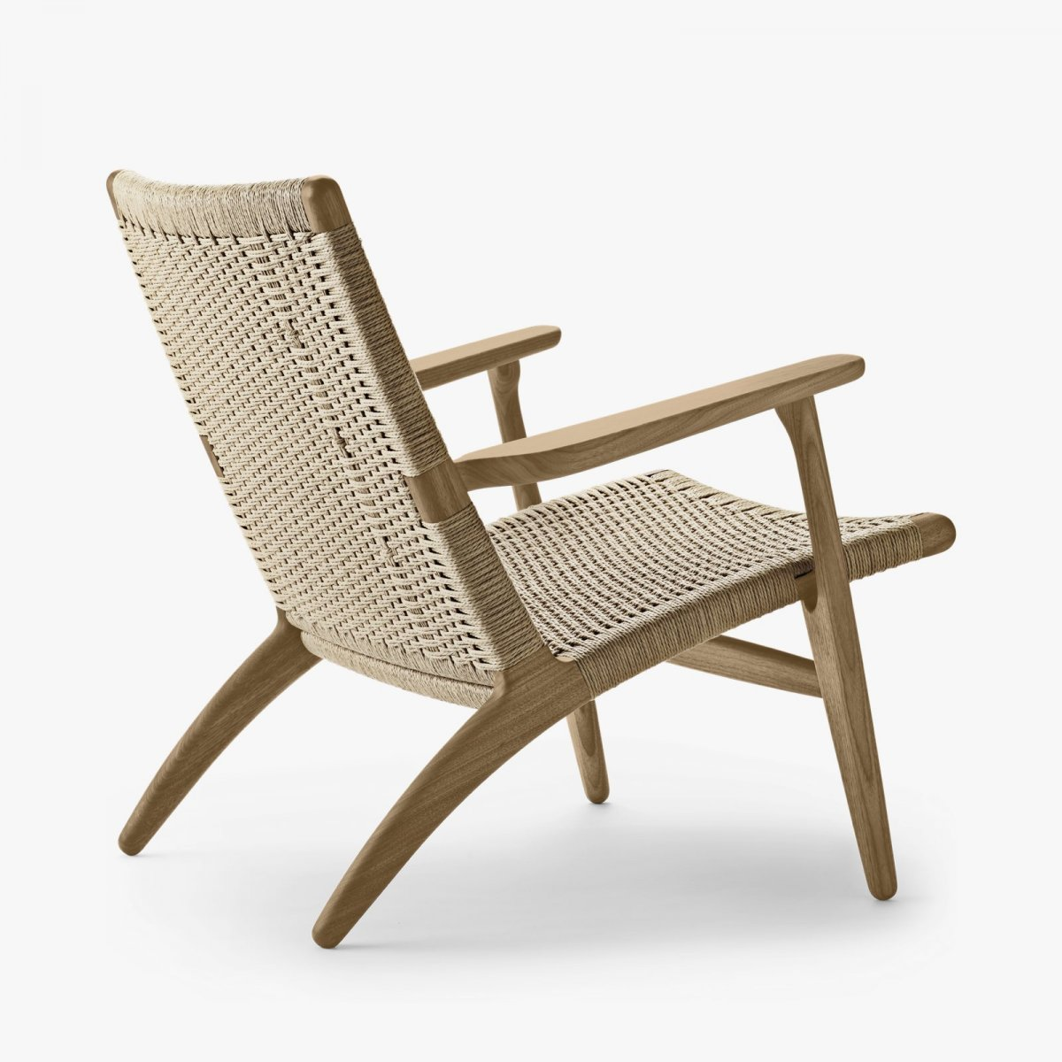 CH25 Lounge Chair, oiled oak with natural cord.