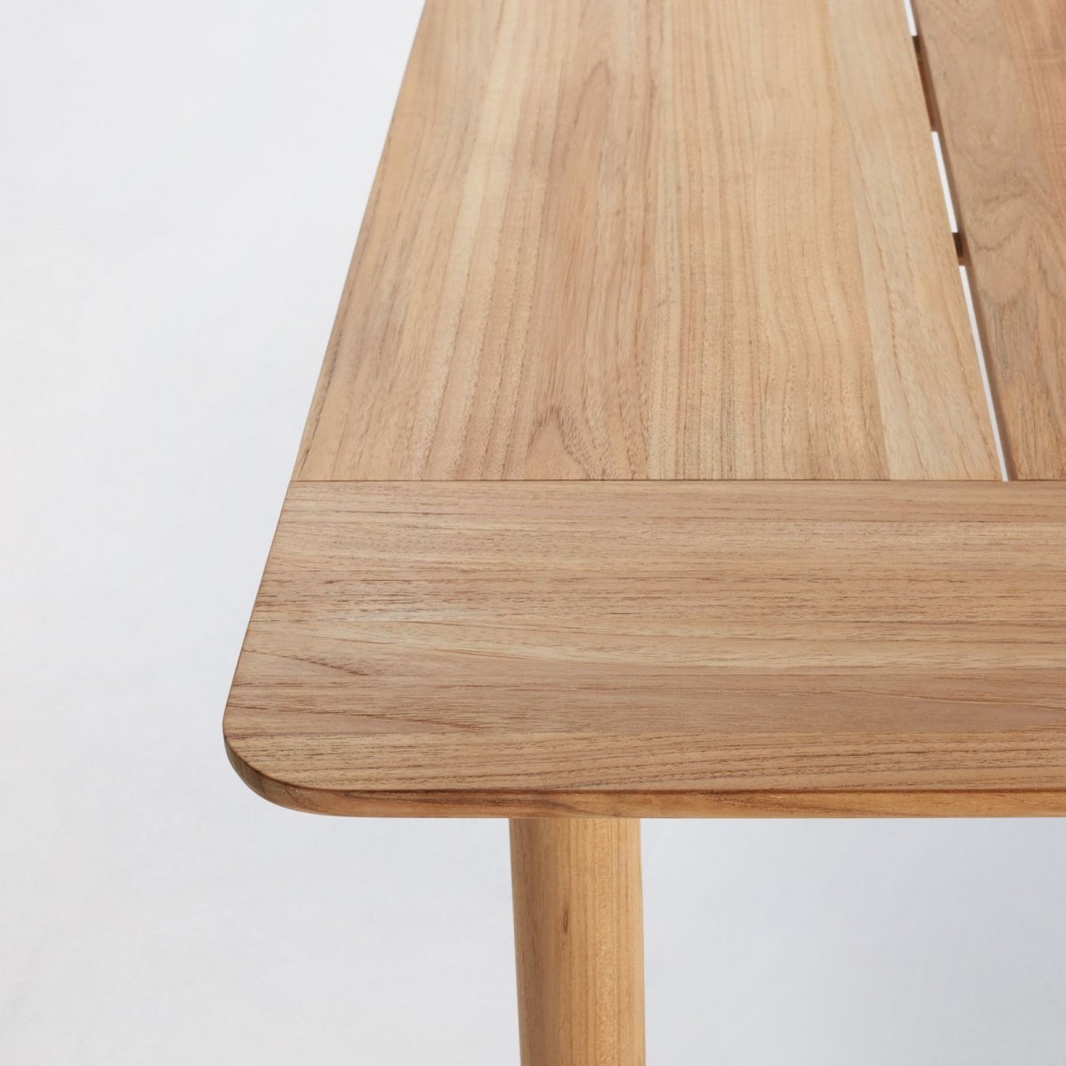 Terassi Dining Table, detail.