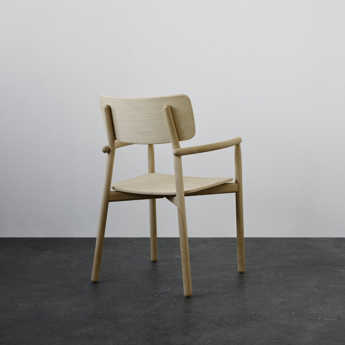 Hven Armchair, oak, back view.