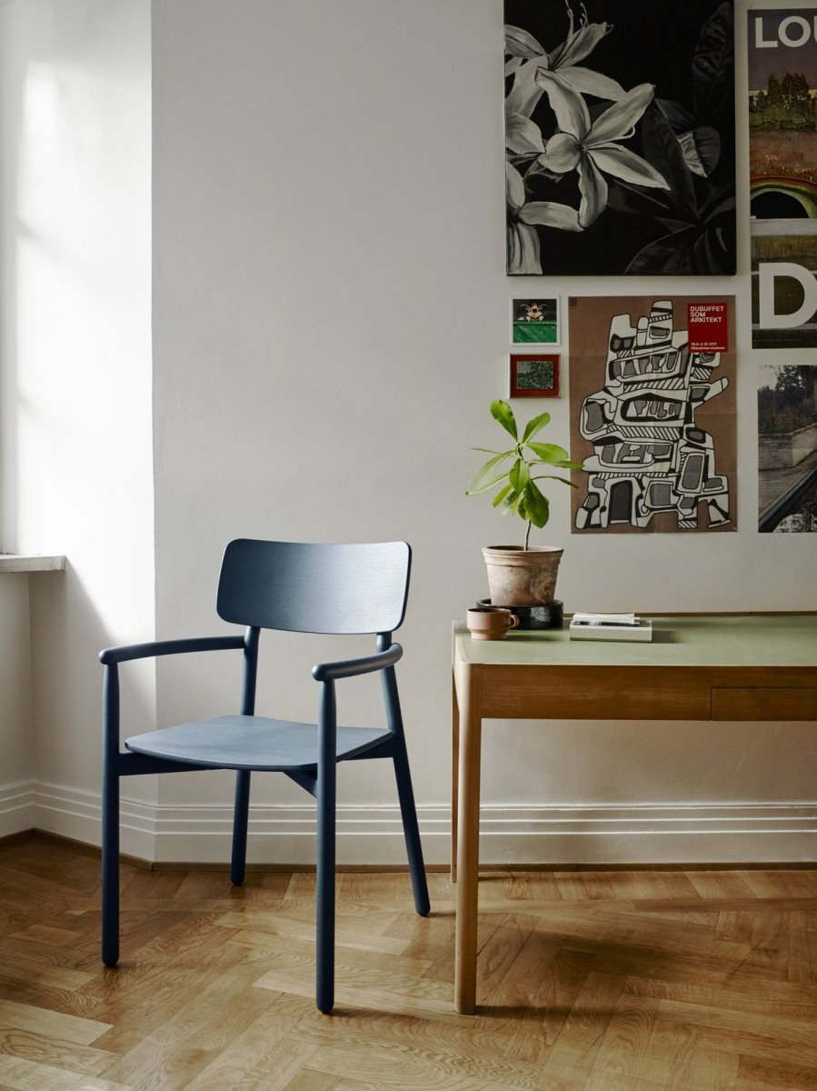 Hven Armchair, dark gray.