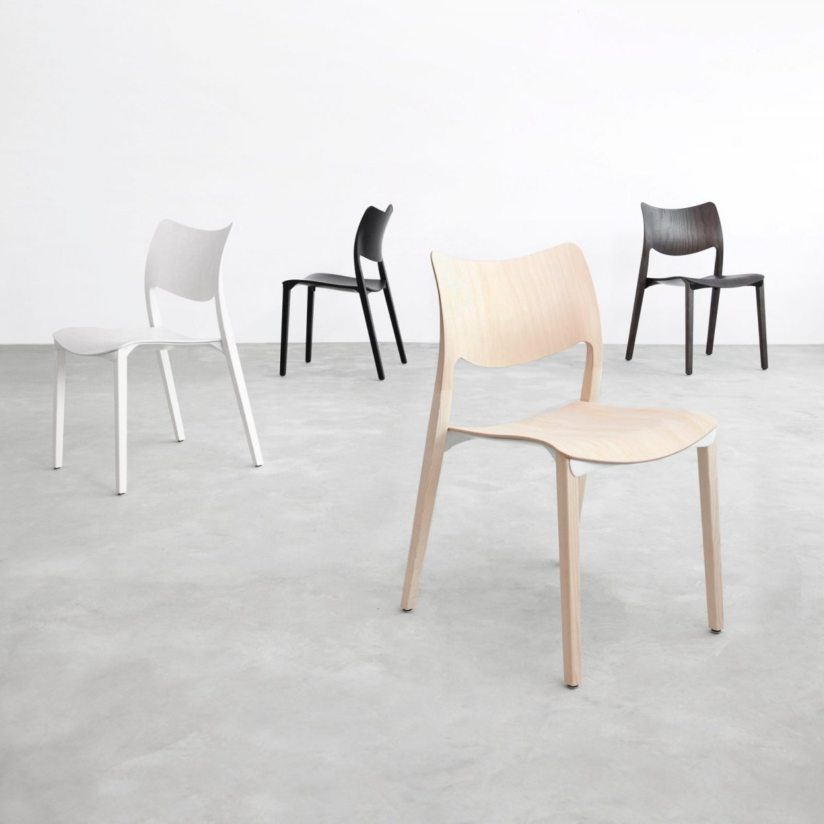 Laclasica Chairs.