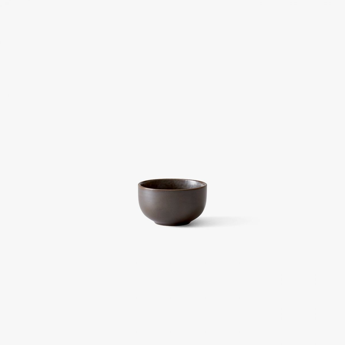 New Norm Bowl, Ø 7.5 cm, dark glazed.