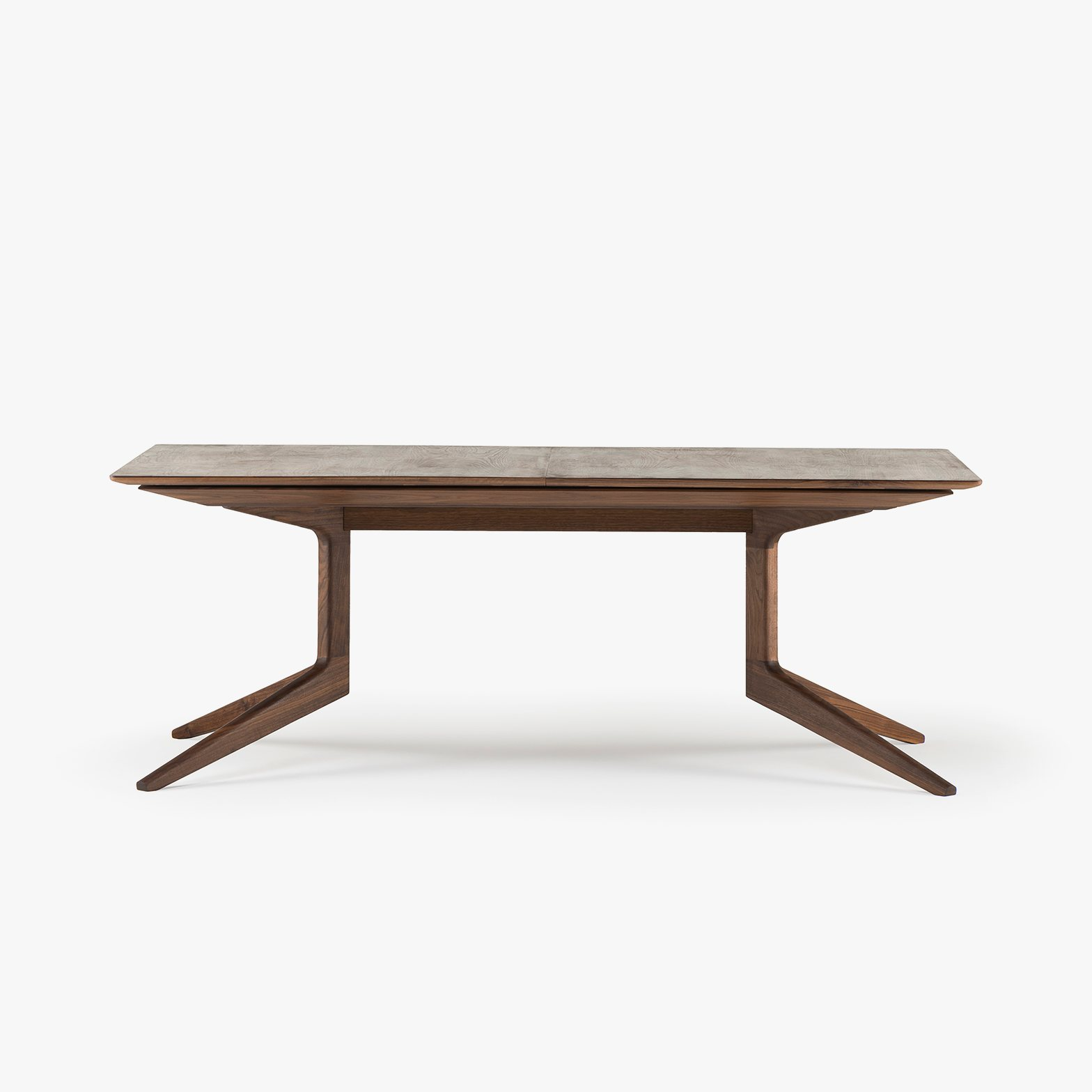 Ordinaire 341E Light Extending Table In Danish Oiled Walnut, No Leaves In Place.