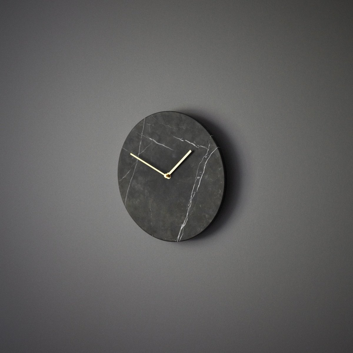 Marble Wall Clock, black.