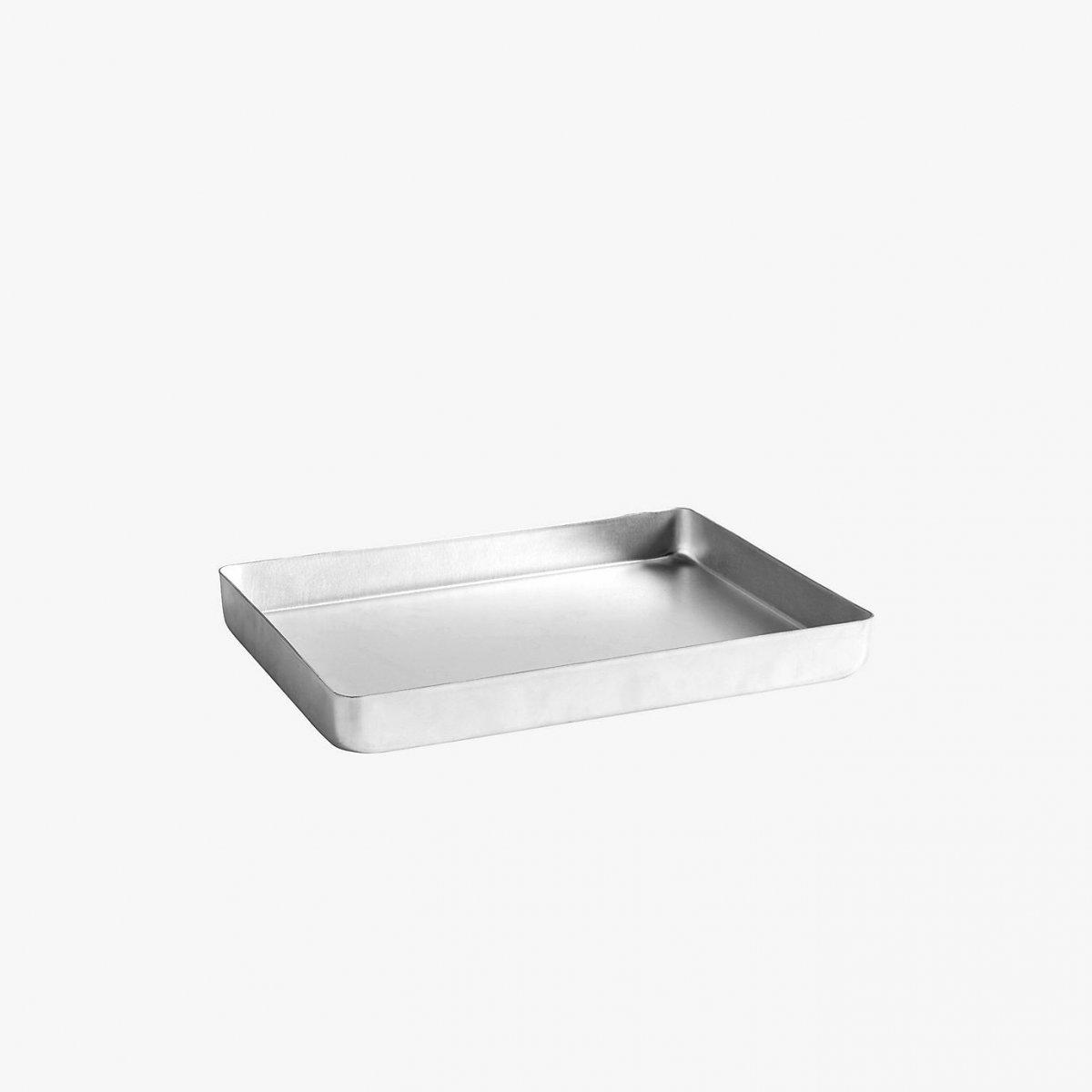 Aluminum Tray.