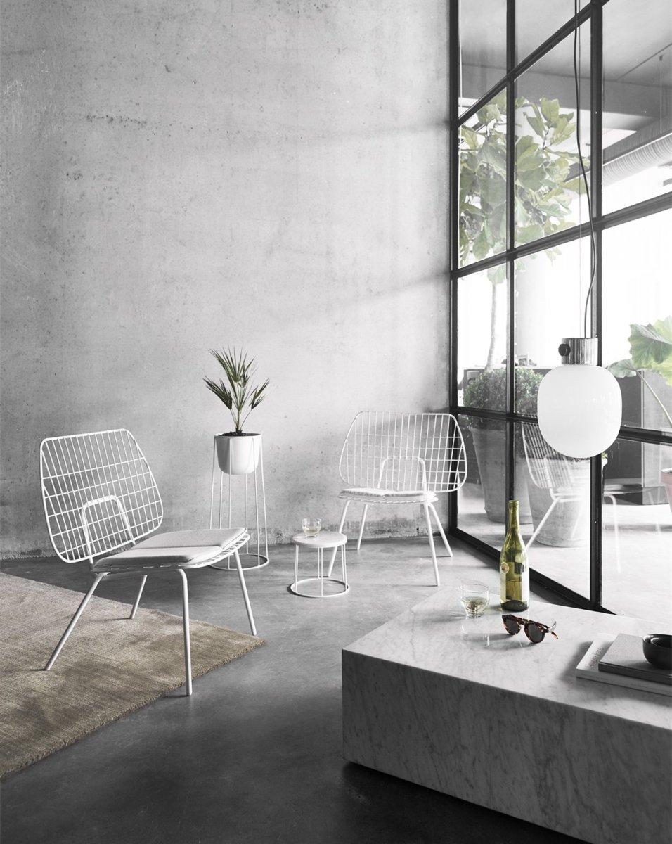 WM String Lounge Chair, white.