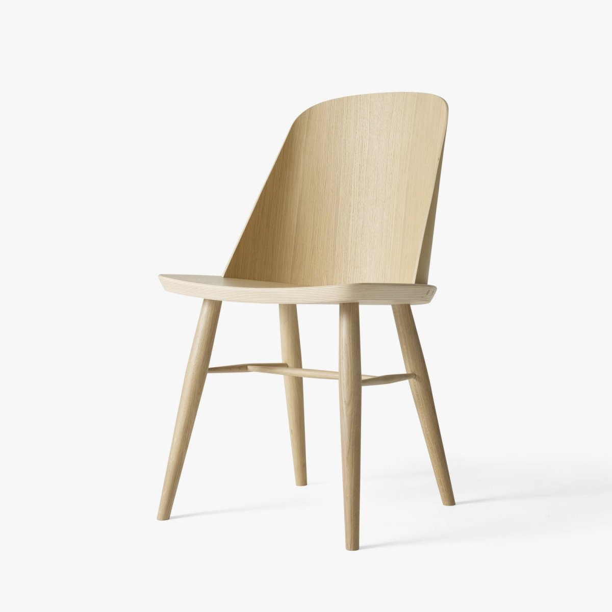Synnes Chair, natural oak.
