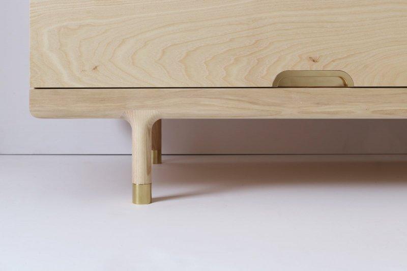 Simple Dresser, base detail.
