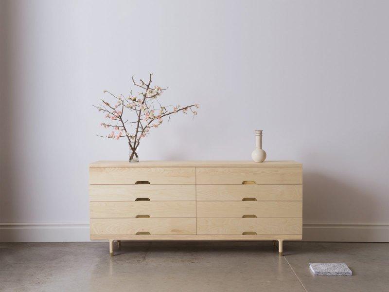 Simple Dresser.