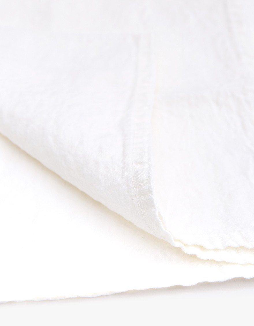 Simple Linen Napkin, white, detail.