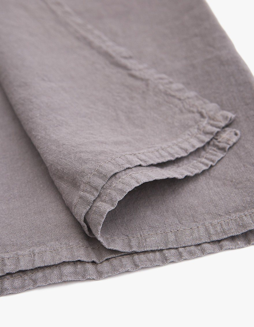 Simple Linen Napkin, dark gray, detail.