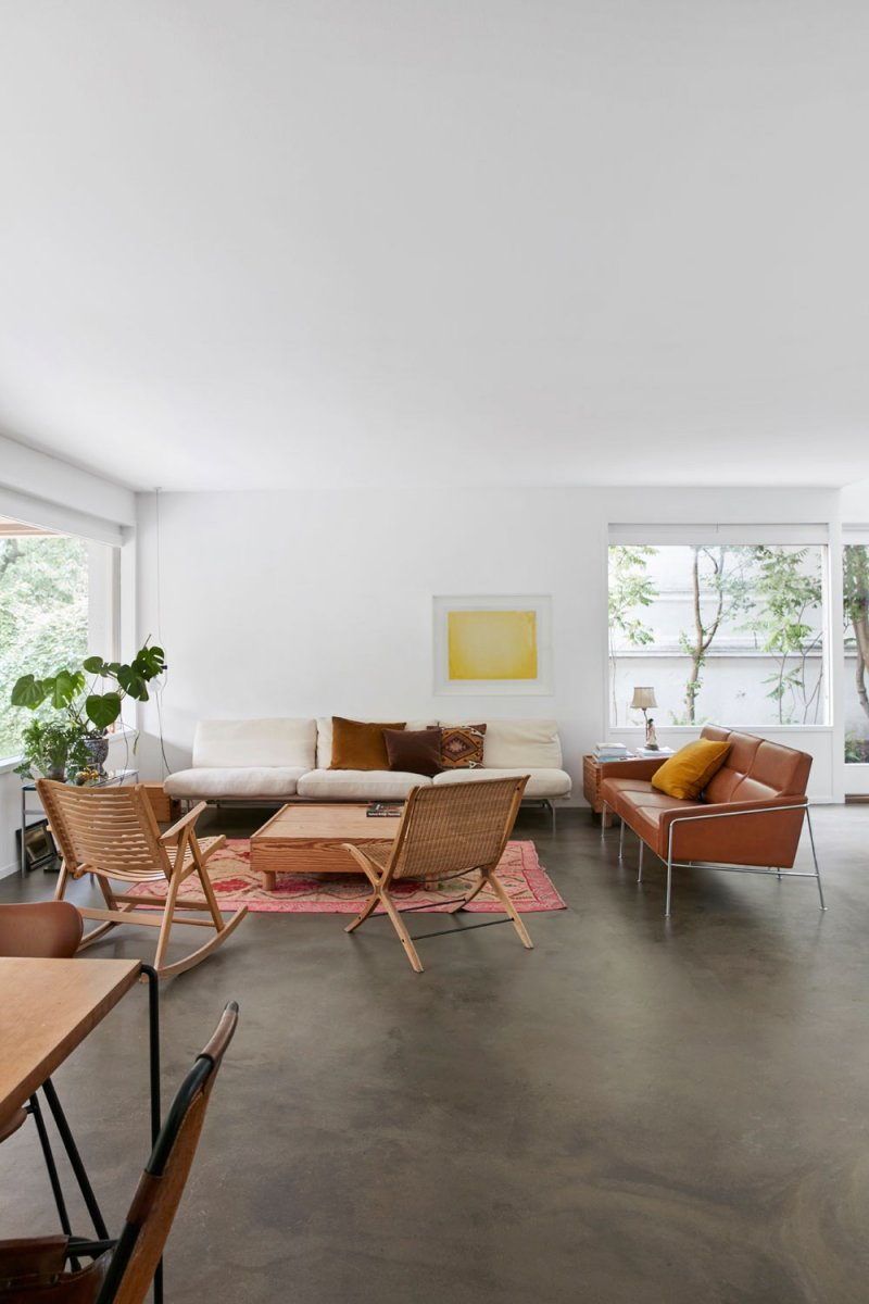 Japanese-Nordic style living space. Home of Barbara Hvidt and Jan Gleie