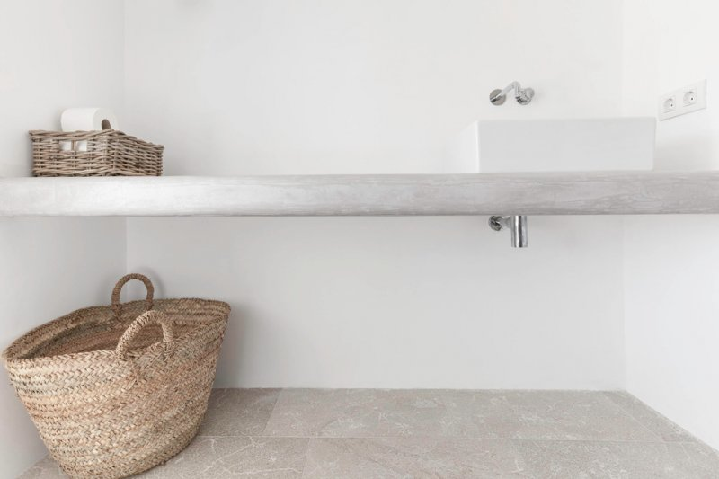 Concrete countertop with vessel sink. Felanitx renovation by Munarq