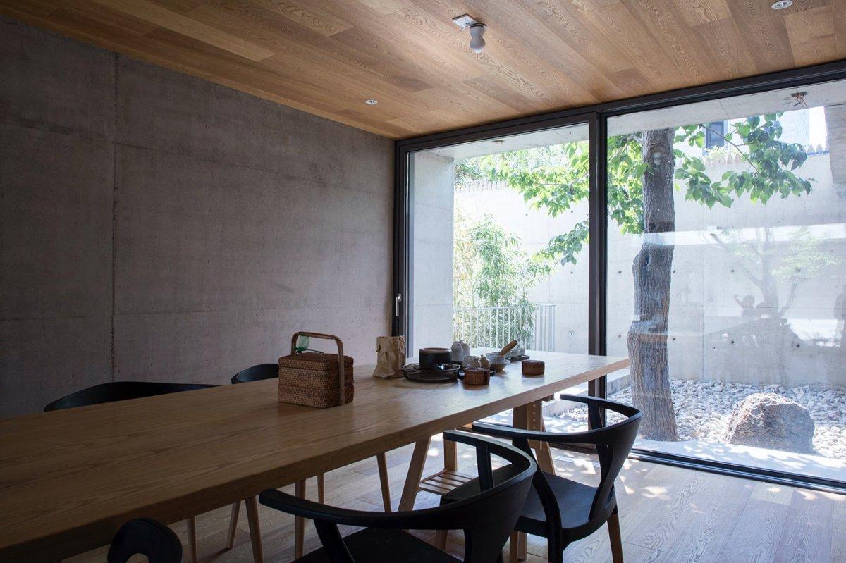 Tea room. Floating Courtyard by TAOA