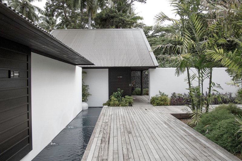 Courtyard with raised platform. Vomo Island Spa by Architecture Building Culture